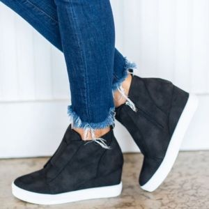 Last Pair!!!!  Zoey Wedge Sneakers in Black